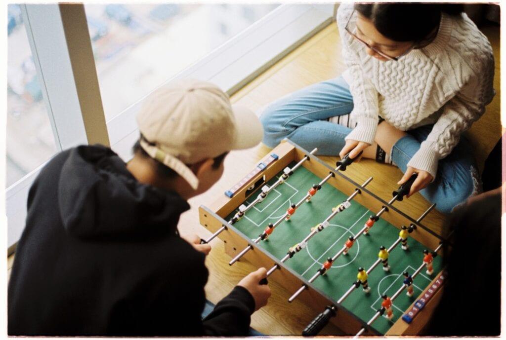 Társasjáték pároknak: mi történik, ha férfiak és nők játszanak együtt?